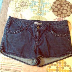 Cute jean denim short shorts braided pocket detail